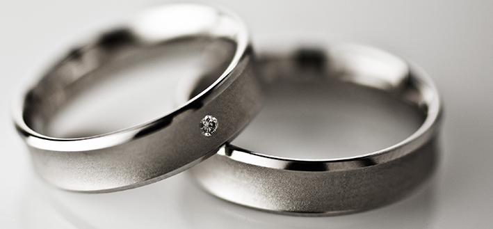 обручальные кольца белое золото матовые